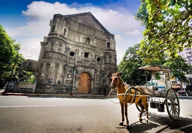 الدليل الكامل لما تحتاج معرفته عند السياحة في الفلبين مع الأطفال