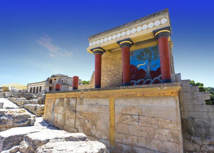 دليل السياحة في مدينة هيراكليون بعاصمة كريت الجميلة