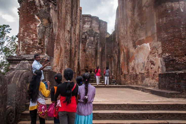 أجمل الأماكن السياحية في بولوناروا سريلانكا