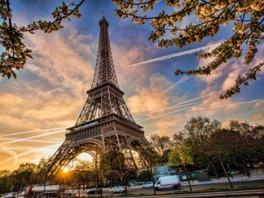نصائح للسفر الآمن في مدينة باريس