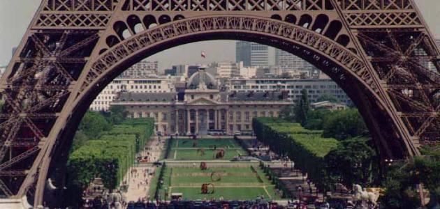 فرنسا والسياحة بها