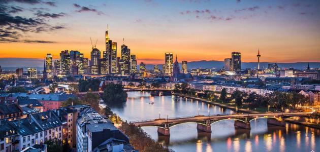 فرانكفورت والسياحة بها