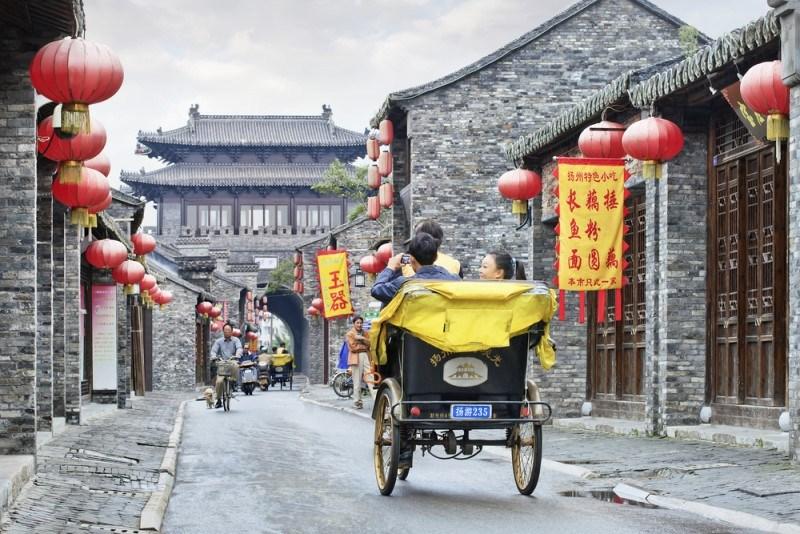 ضرورات وممنوعات يجب تعلمها قبل أن تخطط للسفر إلى الصين