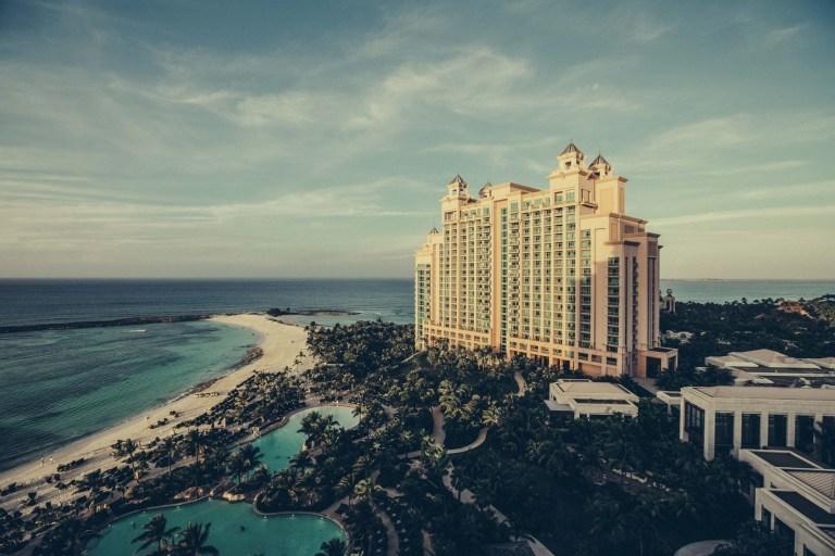 أهم 6 نصائح لتوفير المال عند الإقامة في الفندق