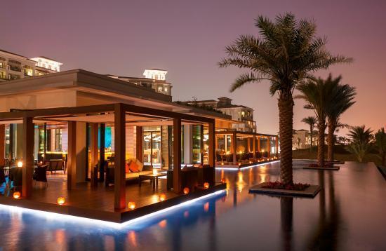 أفضل الأماكن لتناول الطعام في ابو ظبي